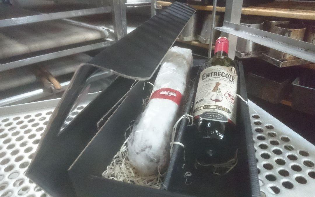 Geschenke aus Oberhausen: Stollen und Wein von Agethen