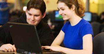 English grammar lessons-Αγγλικά μαθήματα με υπολογιστές και online