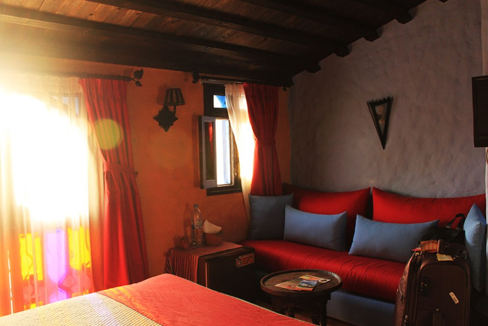 5 class tour group accommodation chefchaouen morocco