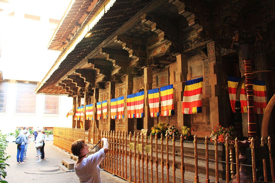 temple of the sacred tooth relic sri lanka lonely planet top destination