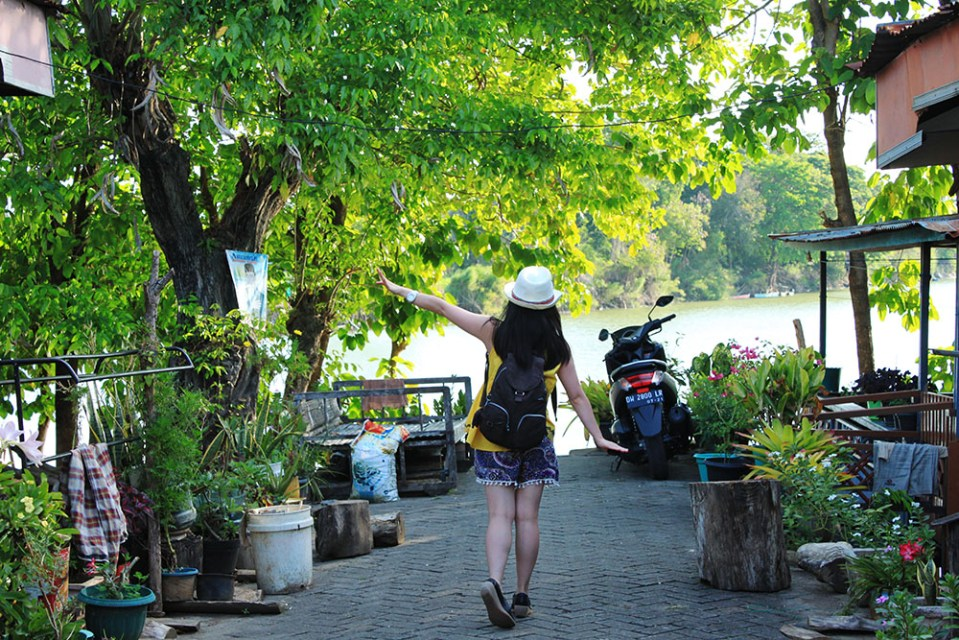 floating houses at tempe lake sulawesi indonesia