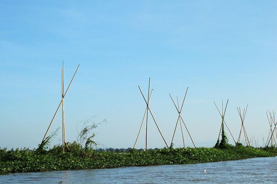 fisherman trap for prawns at tempe lake indonesia