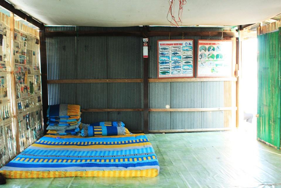floating house tempe lake indonesia accommodation