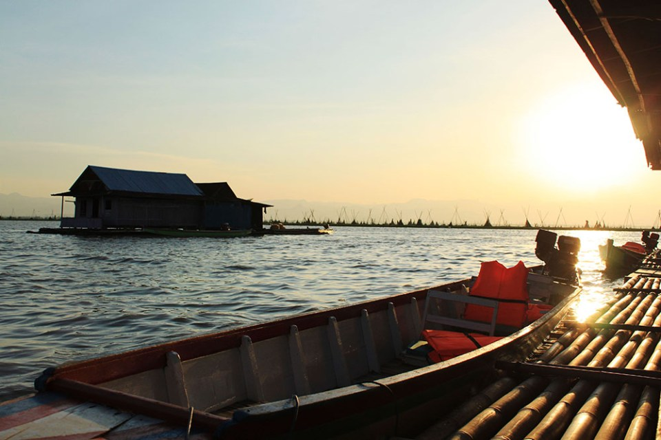 sunset at the floating houses tempe lake indonesia