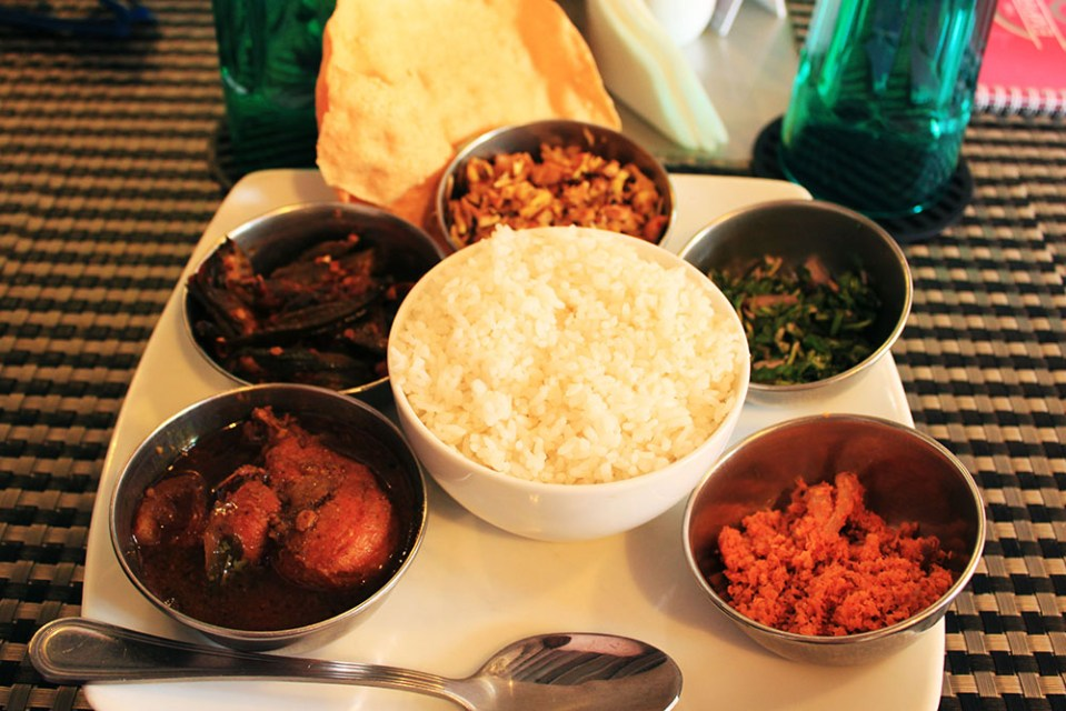 delicious food in the empire cafe sri lanka