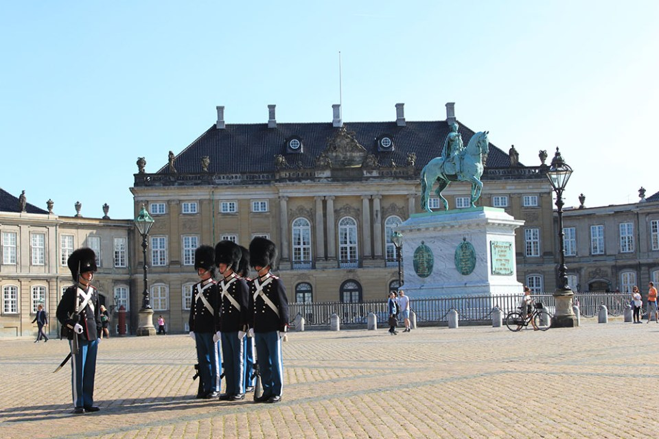 Danish soldiers are lining up during my digital detox trip in Copenhagen