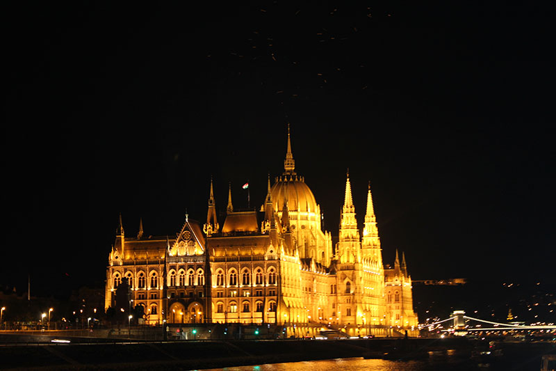 agirlnamedclara hungarian parliament building night light river cruise