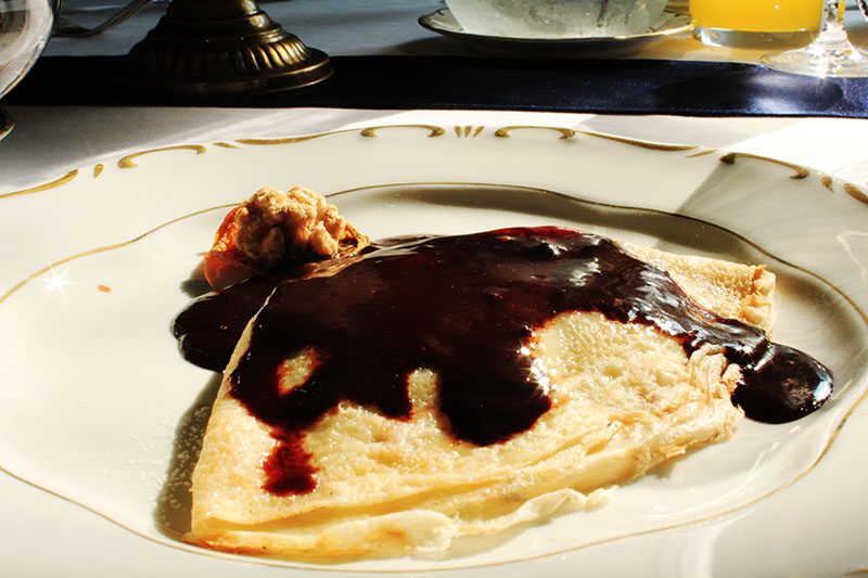 Gundel restaurant Budapest pancake homemeade chocolate sauce