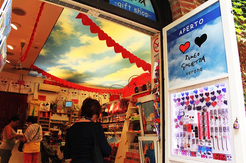romeo and juliet souvenir shop verona italy