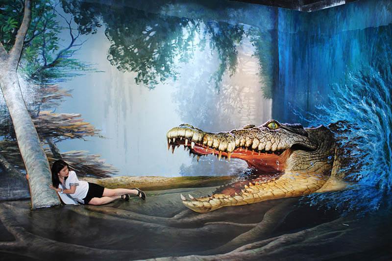 3d museum girl hold a tree chased by crocodile thailand_agirlnamedclara