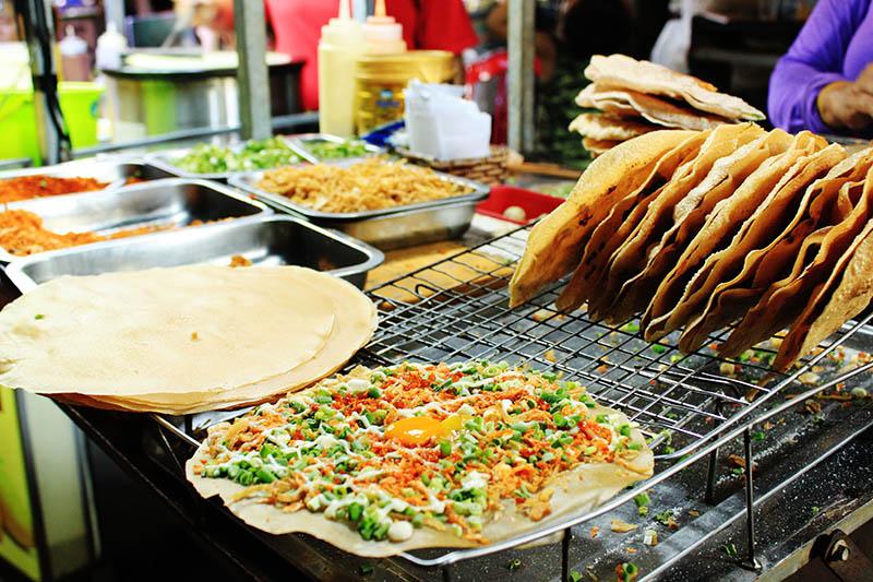 vegetable egg grilled rice paper crispy hoi an night market agirlnamedclara