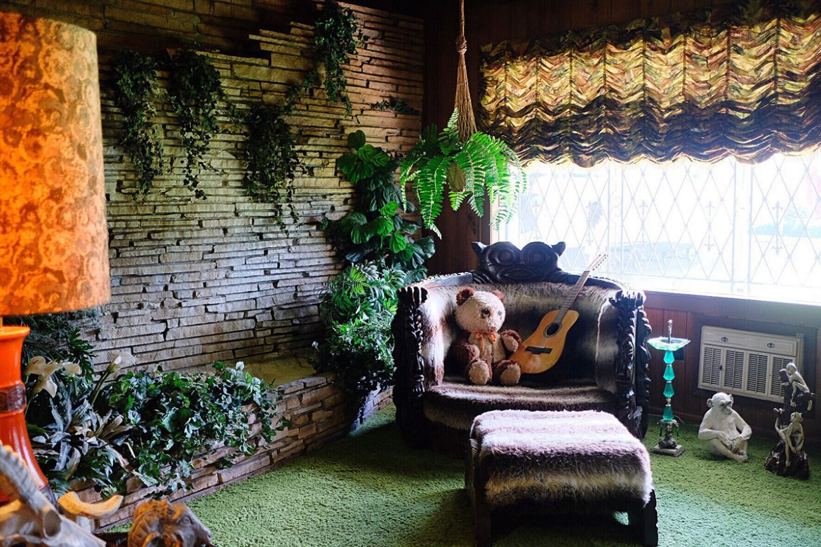 The famous Jungle Room at Graceland
