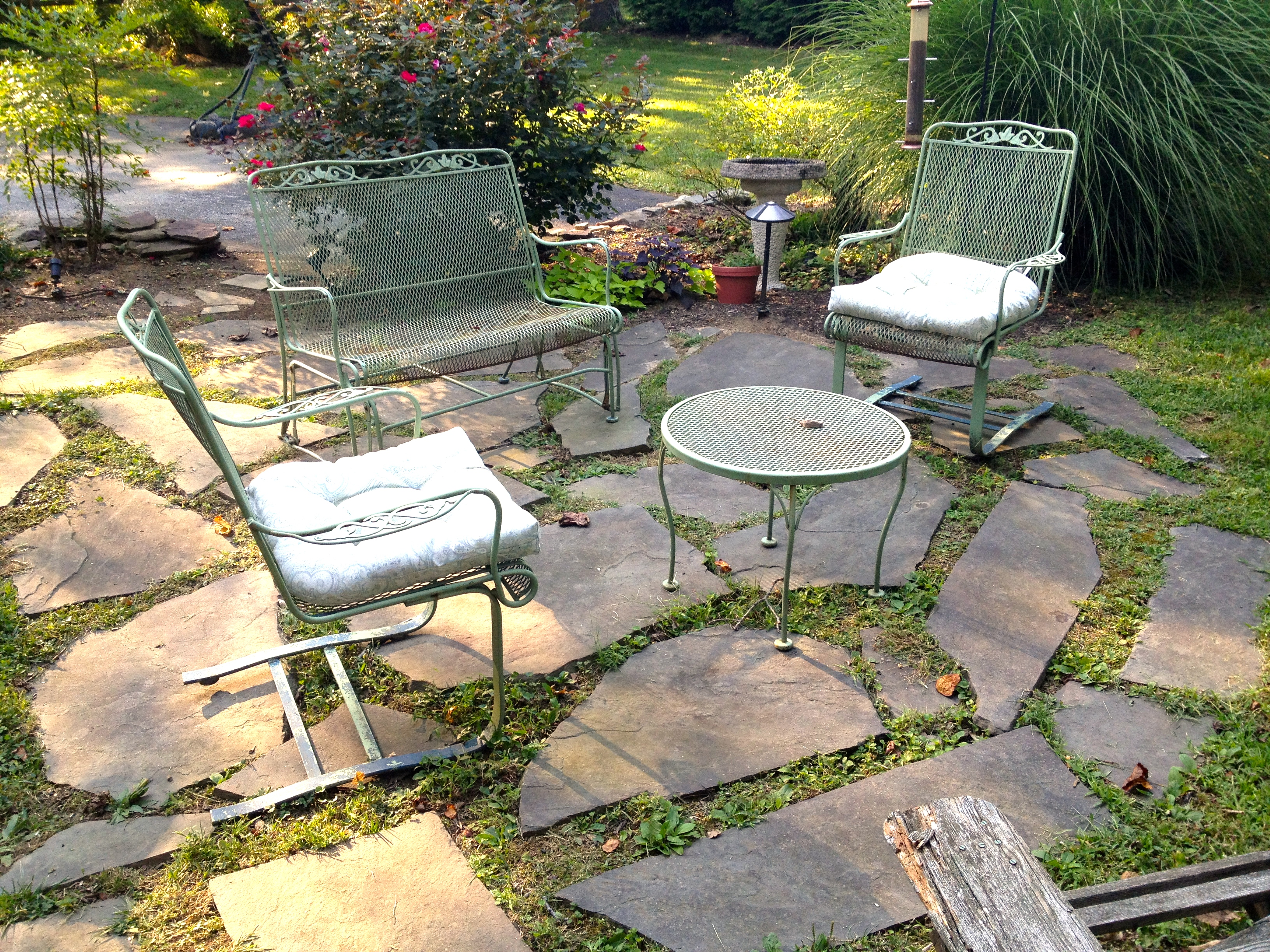 a quick and dirty flagstone patio a