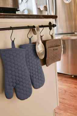 pot holder hanger