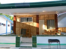 Php6k w/AC, 5 beds, TV