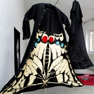 ABAYA-MATURNA / embroidery with fabric / 2x1m / 2010