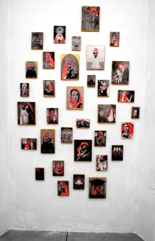 """PALESTINIAN MADONNAS / view of the show """"Holy Land"""" / 2010"""