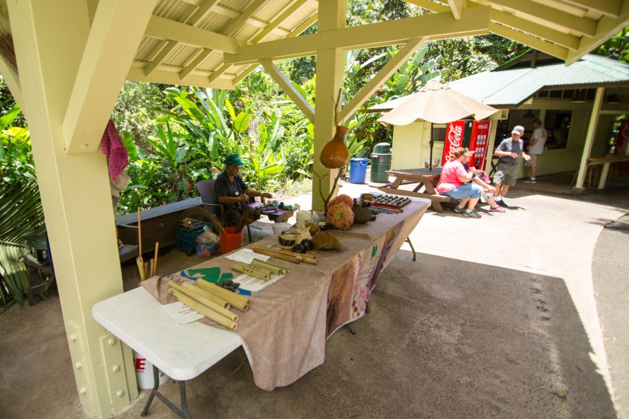 Hawaiian Crafts Waimea Valley
