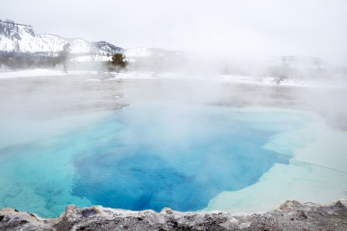 A comprehensive guide to visiting Yellowstone National Park