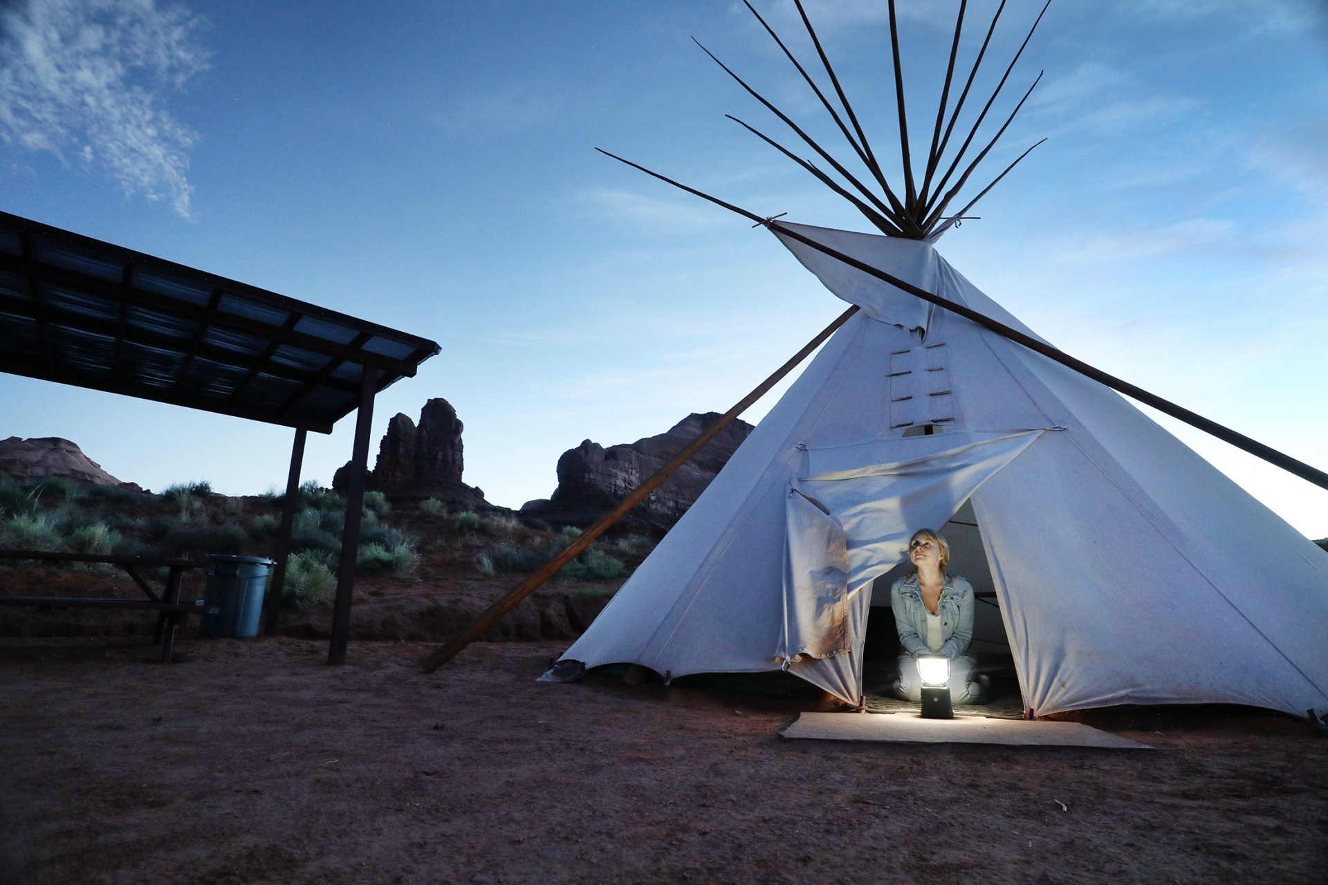 Desert glamping experience in Monument Valley