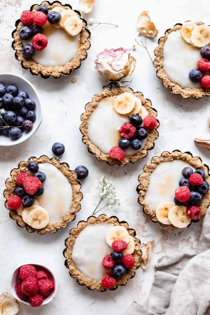 vegan mini fruit tarts
