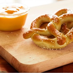 10 Vegan Pretzel Recipes: Sweet…