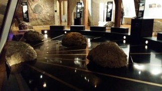 Museo del Cratere Ries, ben curato, organizzato e molto informativo. Qui si è tenuto il party di benvenuto. Scusate per la qualità ma con le luci basse non sono riuscita a fare di più.