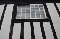 window-20163_640