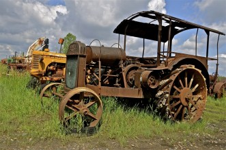 The old rusty Parr comes from Hart-Parr Tractor Company which began operations in 1897 and sold out to Oliver Tractor company in 1929— Photo by fiskness