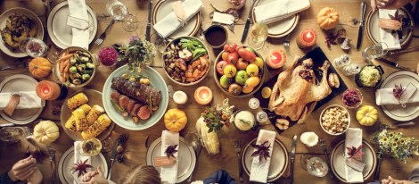 thanksgiving-celebration-traditional-dinner-setting-food-concept