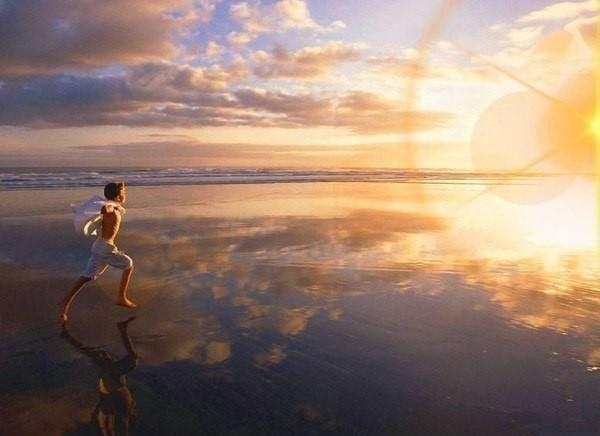 А все препятствия, которые встретятся в жизненном пути, только закаляют устремленного к цели, как к свету маяка.
