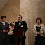Директор Национального музея Республики Башкортостан Г.Ф.Валиуллин открывает выставку картин Н.К.Рериха в Уфе