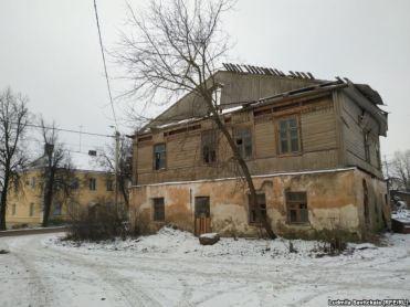 """""""Дом Рериха"""" в Острове"""