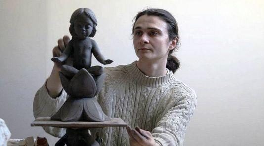 Скульптор Алексей Леонов