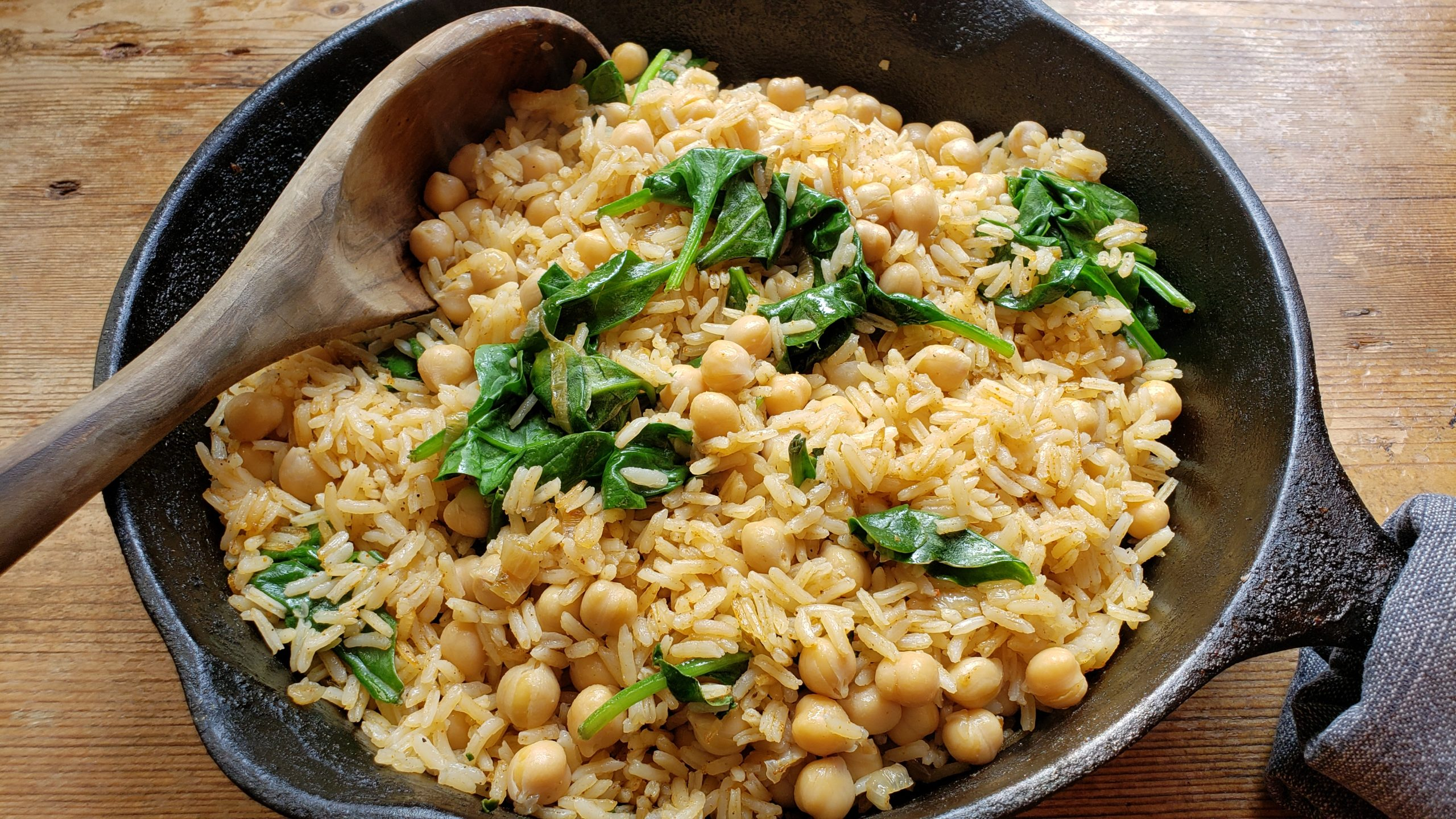 Baked Rice with Chickpeas and Spinach