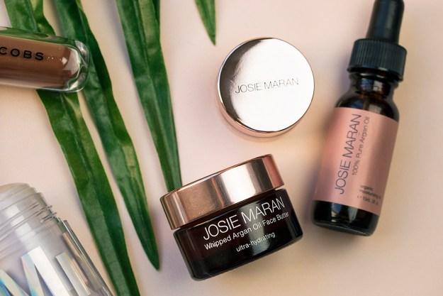Summer Beauty Must-Haves: Josie Maran Argan Makeup Prep | A Good Hue