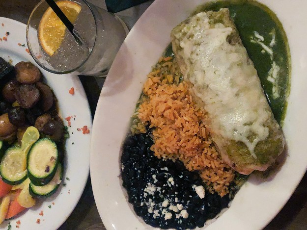Review: Hidalgo's Cocina & Cócteles in Fullerton | A Good Hue
