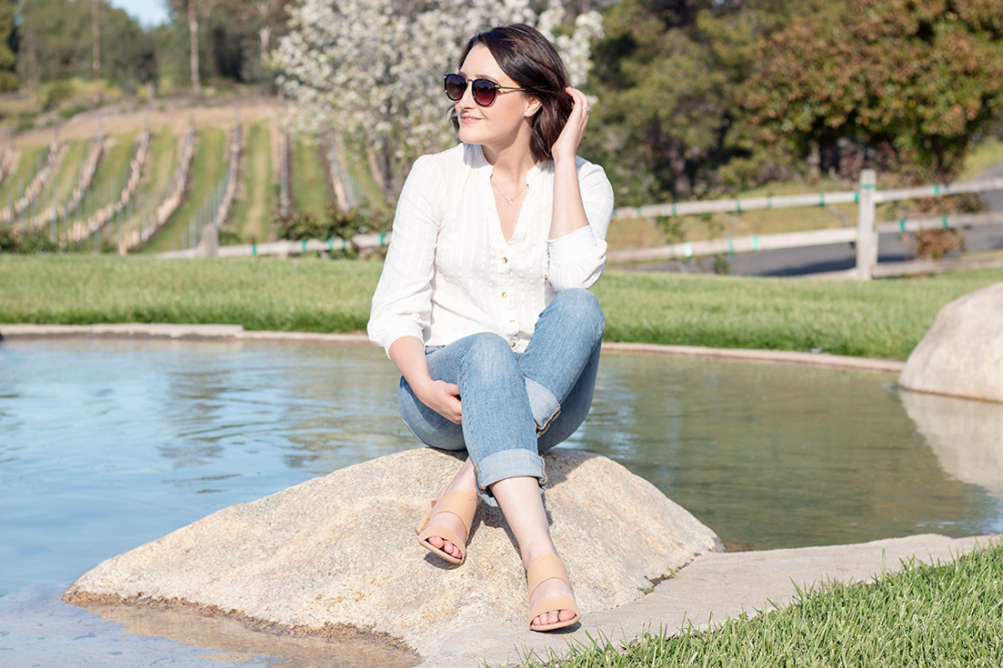 Casual Style: White Button Down & Jeans | A Good Hue