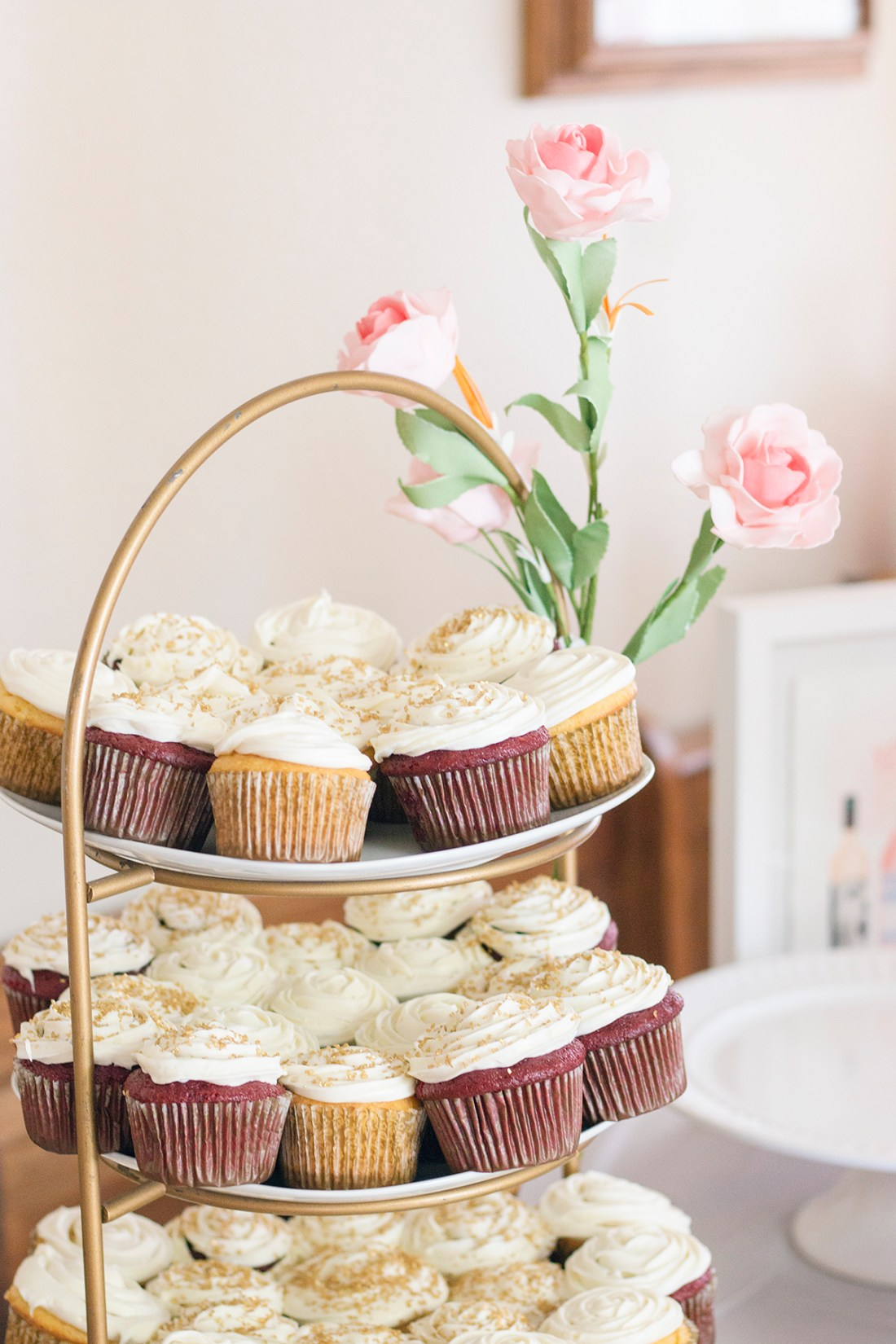 Rosé and Bubbly Bridal Shower- Champagne Vanilla and Red Velvet Cupcakes | A Good Hue