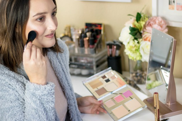 Woosh Beauty All-in-One Face Palette Review | A Good Hue