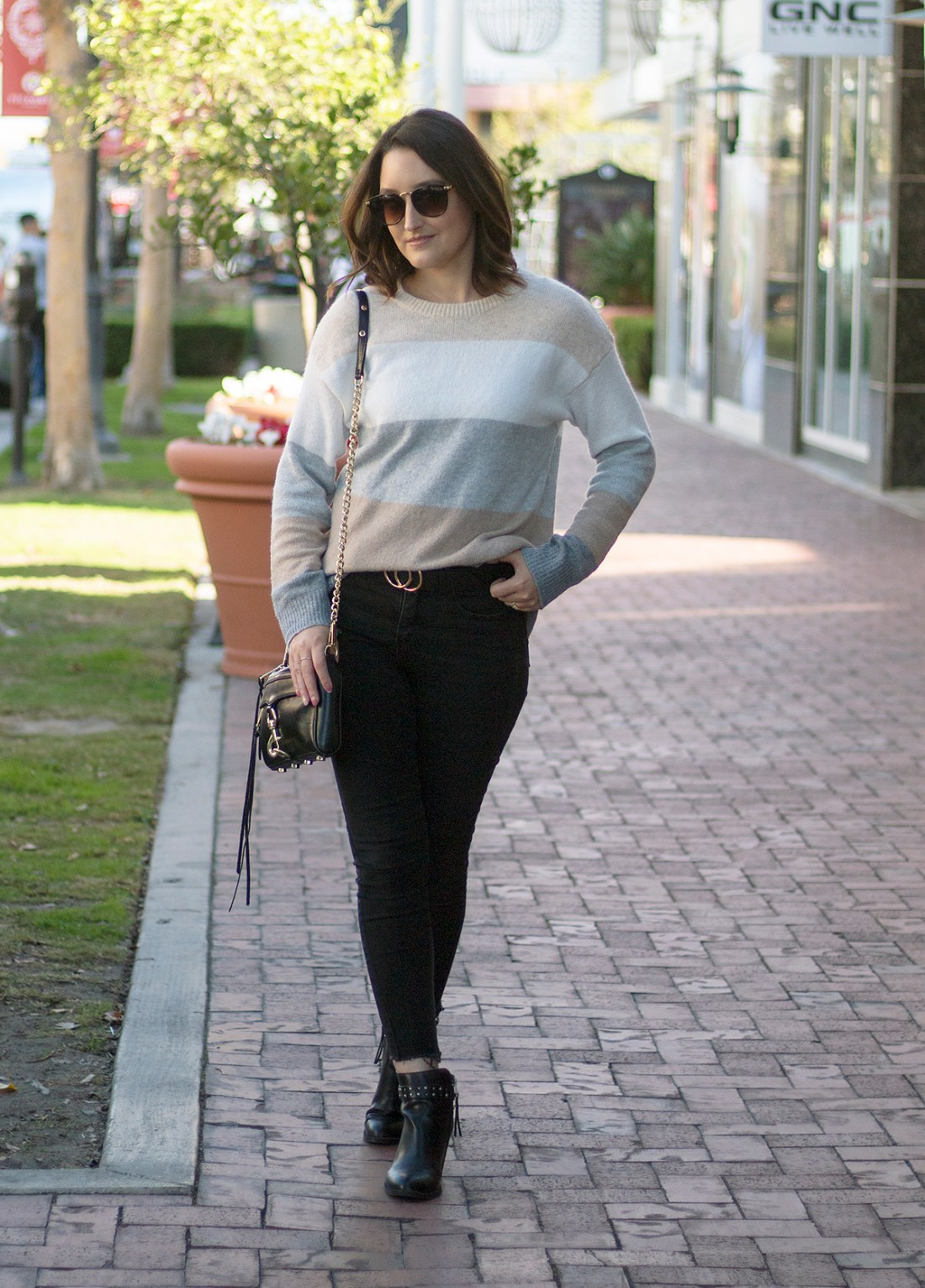 $12 Color Block Sweater from Walmart | A Good Hue