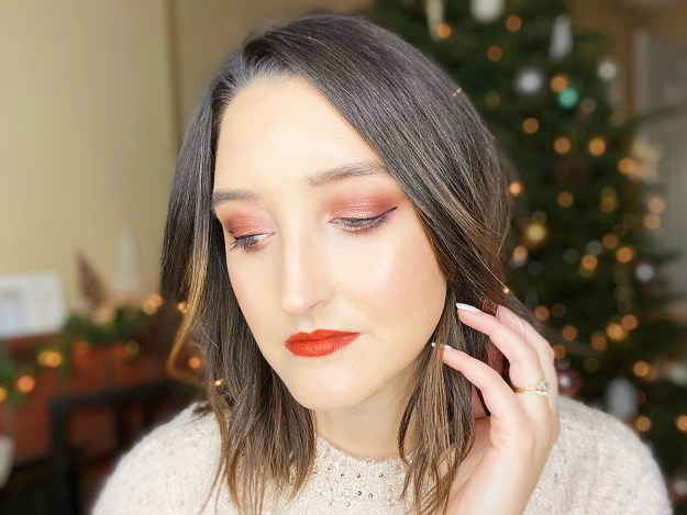 How-To: Holiday Makeup | A Good Hue