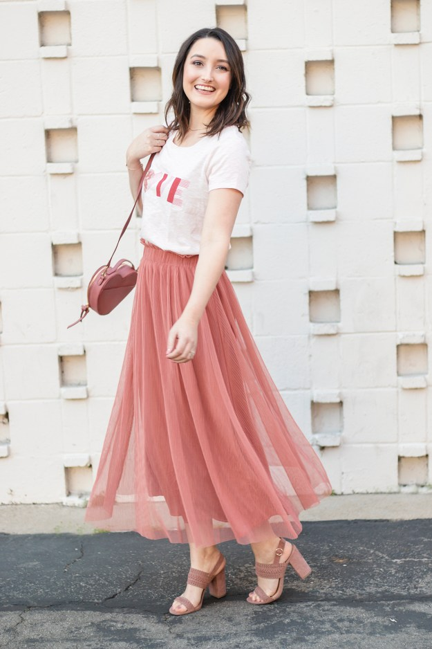 Cute Valentine's Day Outfits | A Good Hue
