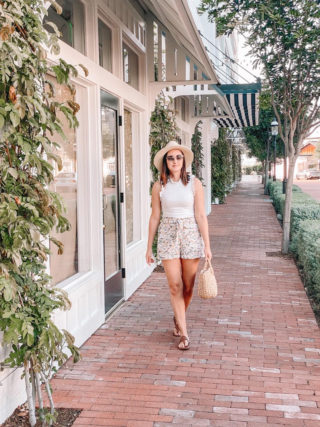 5 Ways To Transition Paper Bag Shorts | A Good Hue