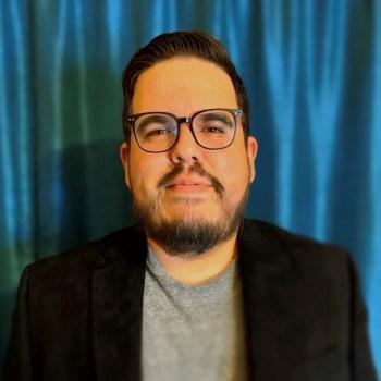 Derrick Olivares