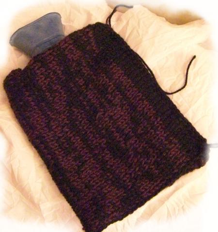 couvre bouillote tricoté jersey noir violet