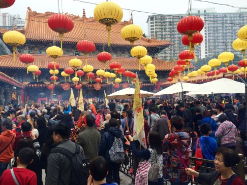 Wong Tai Sin Temple crowds