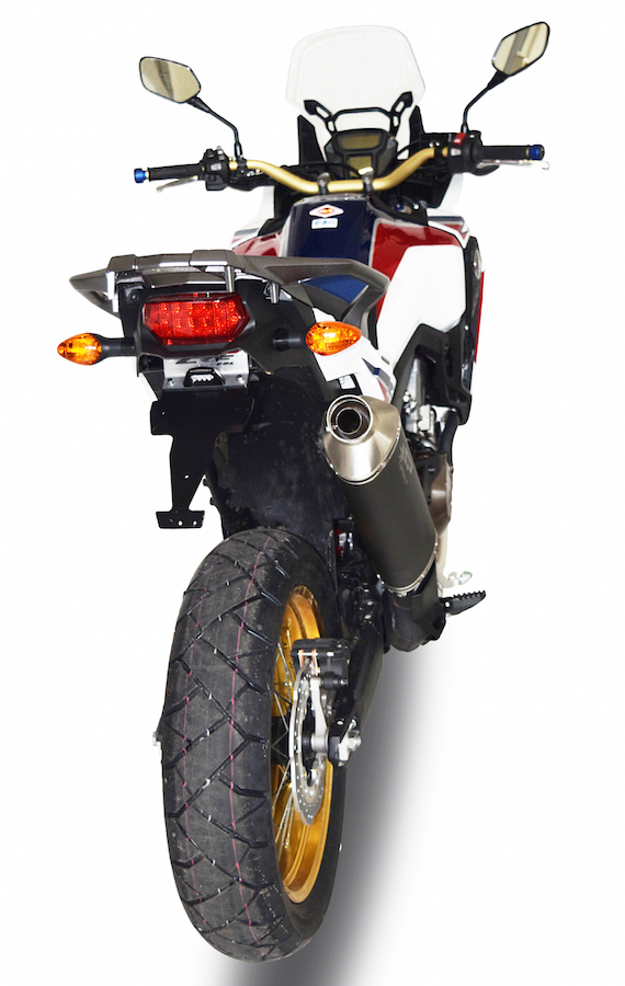 Africa Twin 2016 vista traseira com Escape Spark