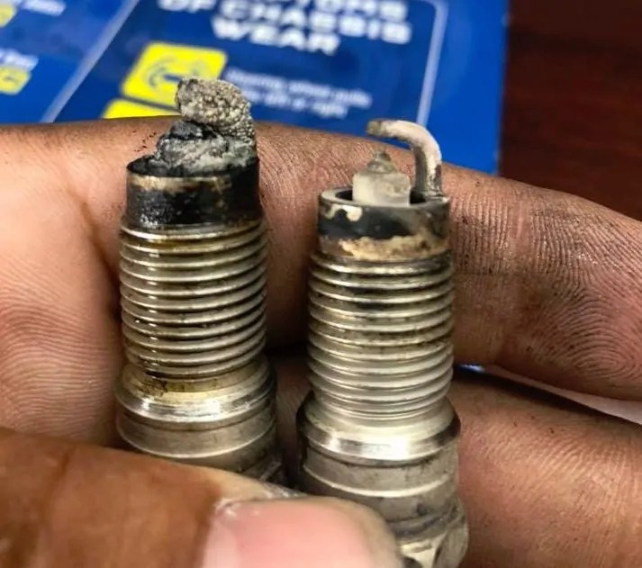 Good Spark Plugs VS Bad With Photos & Examples