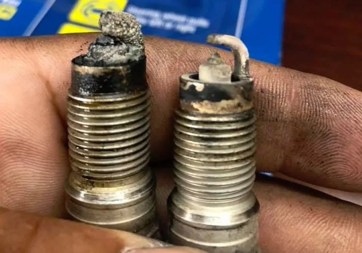 Good Spark Plugs VS Bad With Photos & Examples - AGradeTools.com on bad camshaft symptoms, bad pitman arm symptoms, bad brake booster symptoms, bad condenser symptoms, bad engine mount symptoms, bad starter solenoid symptoms, bad ignition module symptoms, bad flywheel symptoms, bad alternator symptoms,